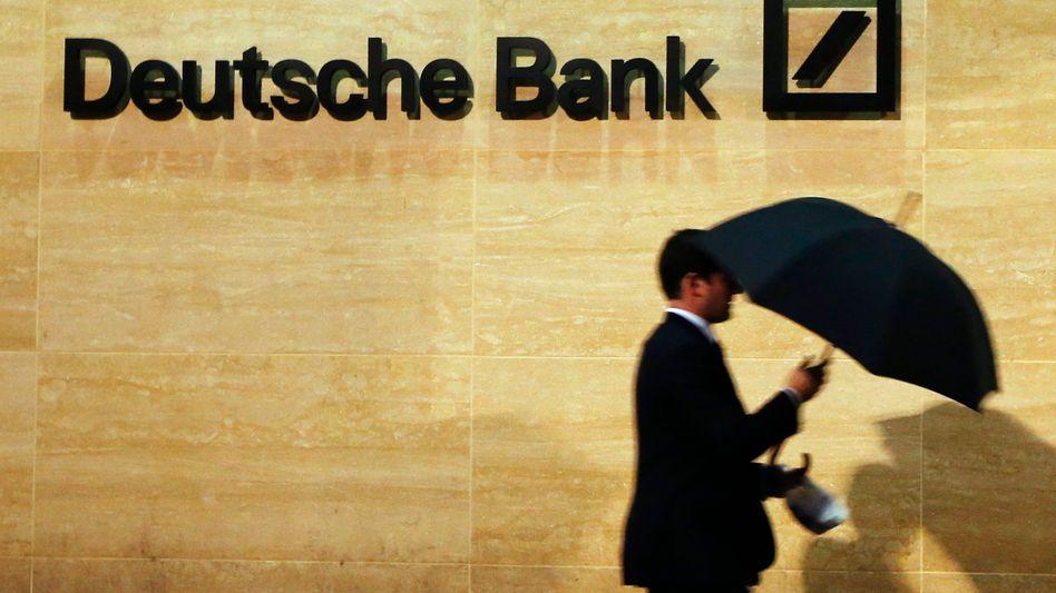 Deutsche Bank in London: Die Konkurrenz spricht bereits gezielt Mitarbeiter an