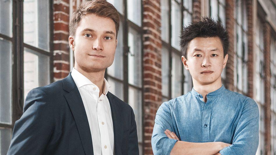 Die Gründer von Getyourguide: Johannes Reck (l.) und Tao Tao