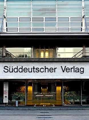 Die Reihen lichten sich: Drei Verlage und zwei Finanzinvestoren dürfen die Bücher des Süddeutschen Verlags prüfen