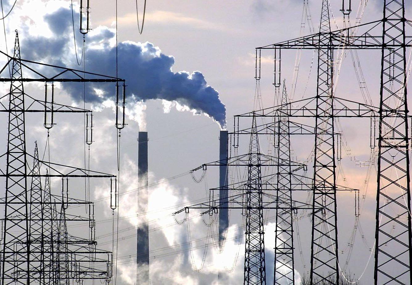 NICHT VERWENDEN Strommasten/ Stromnetz