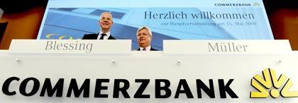 Staatlich alimentiert: Commerzbank-CEO Blessing (l.), Chefaufseher Müller