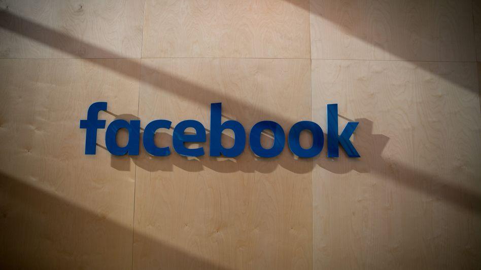 Daten sind das neue Geld: Facebook verfügt durch seine Nutzerdaten über einen riesigen Stamm geldwerter Informationen und damit auch über ein enormes wettbewerbliches Potenzial. Spricht das allein schon für einen Missbrauch?