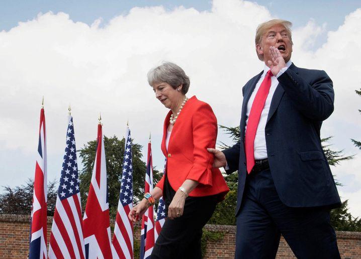 May, Trump: Zwischenruf nicht hilfreich