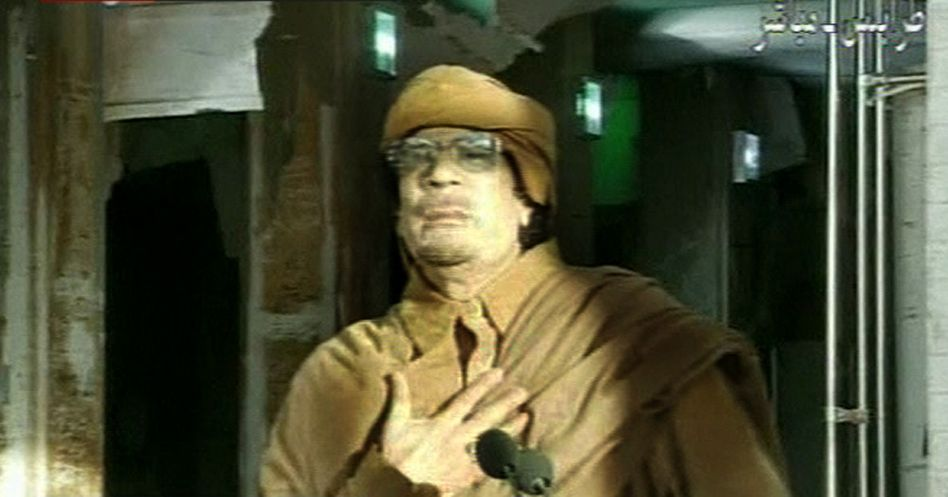 Verschanzt in Tripolis: Der libysche Staatschef Muammar al-Gaddafi soll nach Informationen von Sonntagnachmittag nur noch in einigen Stadtvierteln von Tripolis sowie in seiner Heimatstadt Sirte die Oberhand haben
