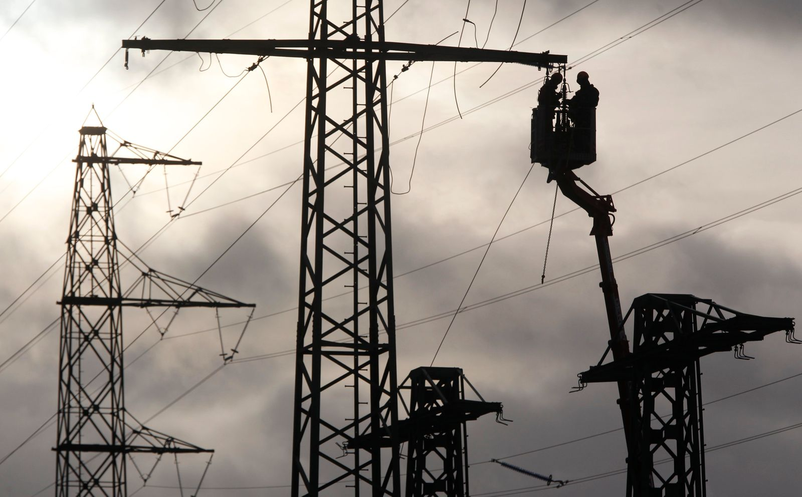 Strommasten / Strommast / Strom / Energie
