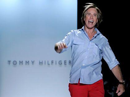 Modern und schlicht: Auch Tommy Hilfiger präsentiert sich in seiner Mode