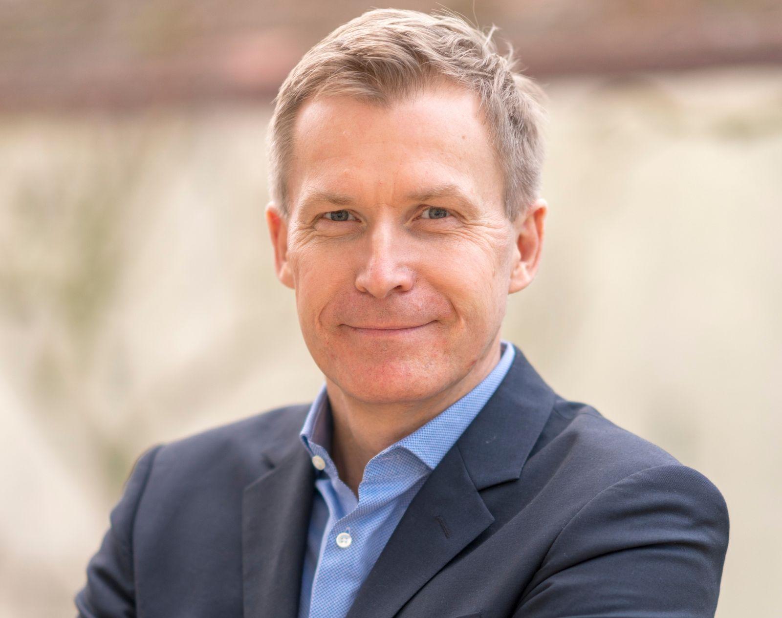 Dr Fabian Dömer