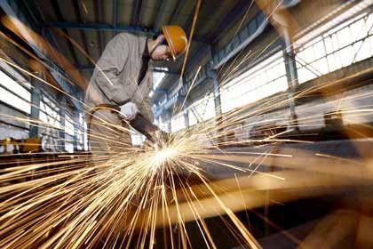 Wirtschaft schwächelt: In China geht die Industrieproduktion zurück