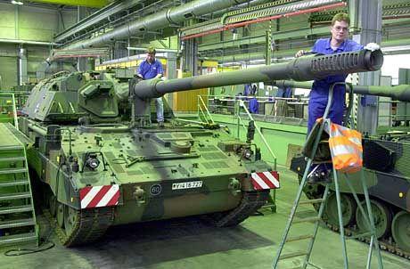 Panzer-Produktion bei Rheinmetall in Niedersachsen: US-Investmentbank bereits auf Käufersuche