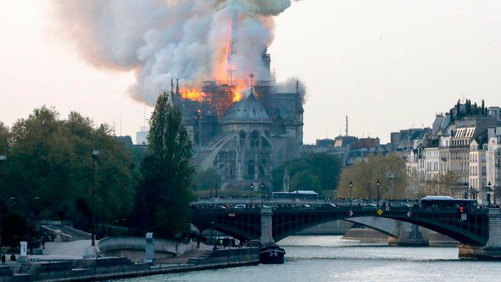 Welt-Kirche: Das Inferno der Notre-Dame