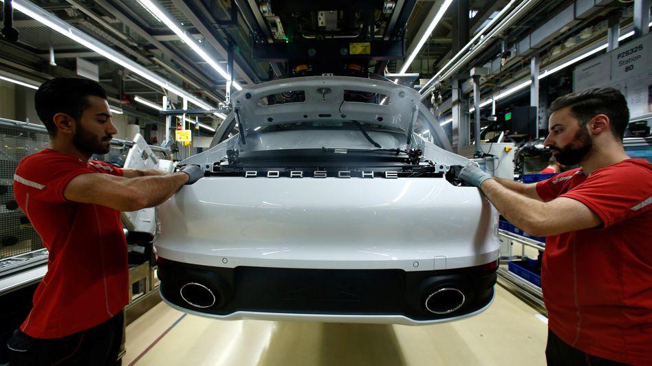 Ab Samstag läuft auch hier nichts mehr vom Band: Porsche-Hauptwerk in Zuffenhausen, Stuttgart