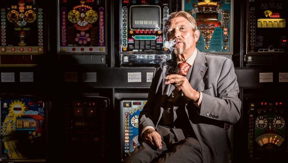 Altmeister: Paul Gauselmann ist Glücksspielunternehmer, Milliardär – und Profi der politischen Landschaftspflege. Seine Kontakte: legendär. Genauso wie seine Parteispenden und seine Erwartungen.