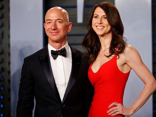 MacKenzie Scott (im Jahr 2018 mit ihrem damaligen Mann Jeff Bezos): Den Ex in Sachen Spenden überholt.