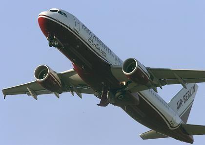 Durchstarten ist nötig: Die Aktien der Air Berlin leiden unter den Durchsuchungen