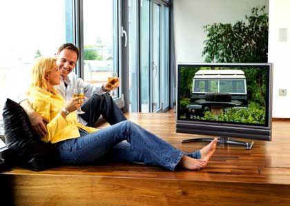 PAL für LCD: Sharp bietet Flüssigkristallfernseher, die die optimal auf den alten PAL-Standard abgestimmt sind