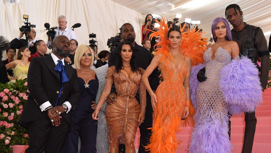 """""""Keeping up with the Kardashians"""": Familien-Gossip in der Dauerschleife"""