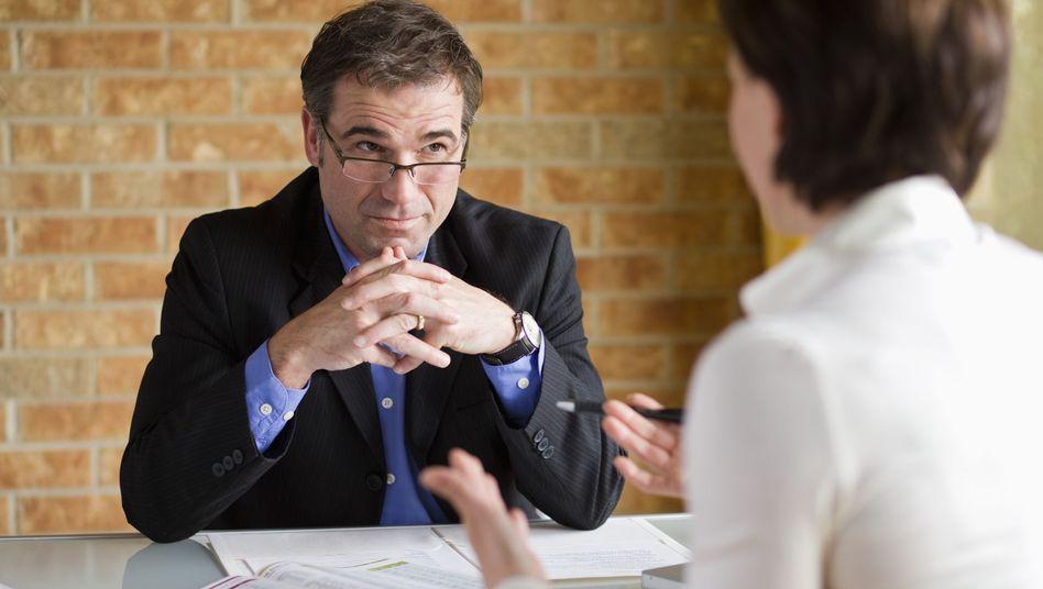 Provisionsjäger oder fairer Berater? Finanzberatung in Deutschland leidet darunter, dass die meisten Berater zugleich auch Verkäufer sind und von Provisionen leben
