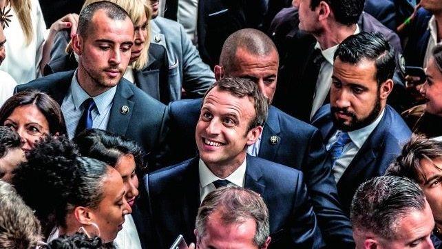 """DIE PREMIEREEmmanuel Macron (M.) gibt volle Unterstützung: Der neue Präsident nennt den Gründercampus """"unser Projekt"""""""