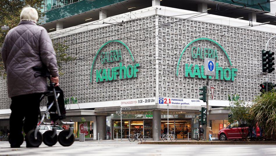 War einmal: Diese Filiale von Galeria Kaufhof in der Berliner Allee in Düsseldorf ist geschlossen.