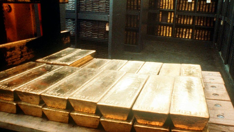 Goldbarren im Tresor der Schweizerischen Nationalbank in Bern: Kursverluste für Anleger summieren sich im Quartal auf 22 Prozent