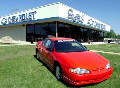2005er Modelle sollen aus dem Lager verschwinden: US-Autohändler