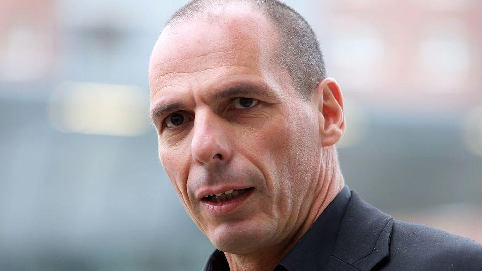 """""""Hände weg von Jan Böhmermann"""": Der griechische Ex-Finanzminister Yanis Varoufakis teilt mit dem Moderator eine gemeinsame Mediengeschichte"""