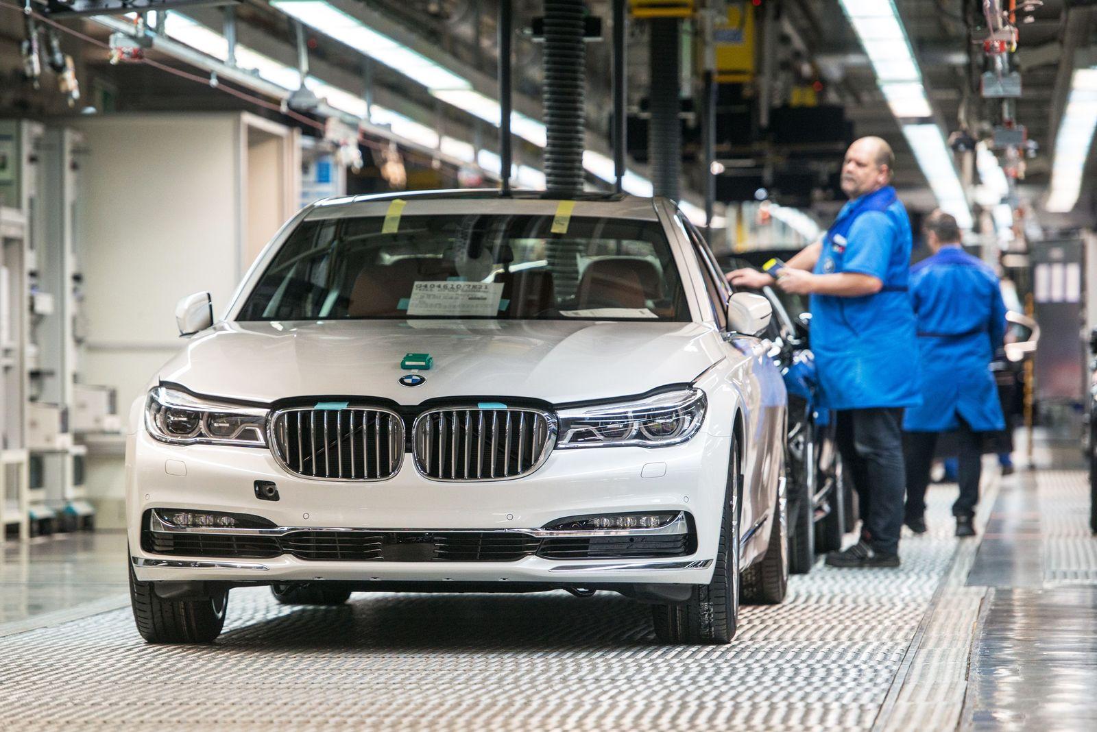 BMW WERK / Produktion