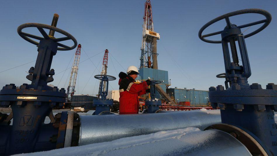 """Ölförderung in Sibirien: Russland schließt sich der Förderkürzung der OPEC an - und bejubelt das """"neue Bündnis"""""""