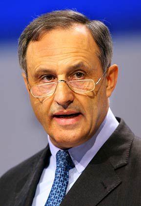 Bei Bayer, Daimler und Linde im Aufsichtsrat: Deutschbanker Börsig