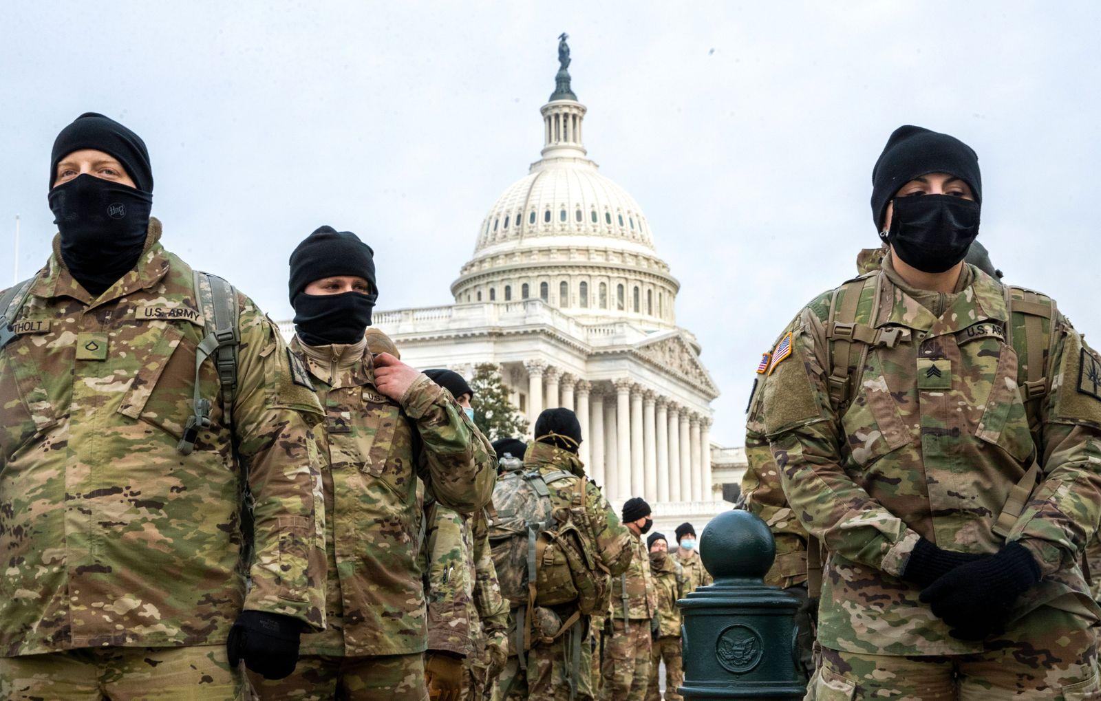 US Capitol Secutiry, Washington, USA - 11 Jan 2021