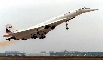 TU-144: Konkurrenzmodelle zu Mittelstreckenflieger von Boeing und Airbus entwickeln