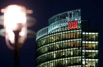 Bahn-Zentrale in Berlin: Gezerre um Börsengang