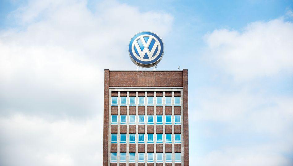VW-Zentrale in Wolfsburg: Streit mit Prevent, Mitschnitte, ein Brandanschlag und ein Toter im Auto