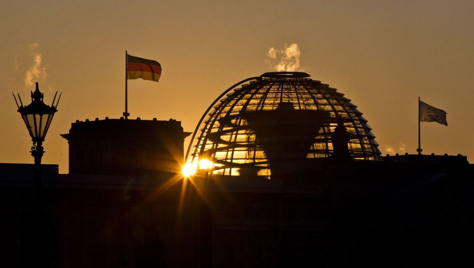 Berliner Reichstag: Euro-Mitbestimmung in Teilen aufgegeben?