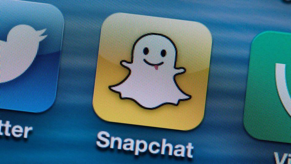 Snapchat: Die Macher der Foto-App wollen ihr noch junges Modegeschäft stärken und kaufen das Start-up Fit Analytics