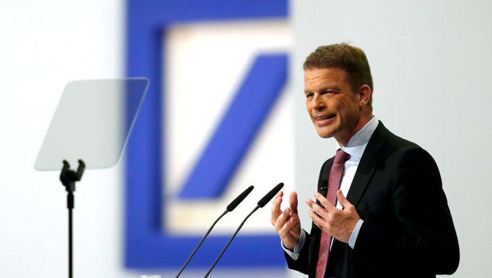 Abstieg aus EuroStoxx 50: Wie die Deutsche Bank im Vergleich zur Konkurrenz dasteht