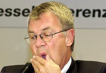 Rückzug in den Ruhestand: DZ-Bank-Vize Uwe E. Flach