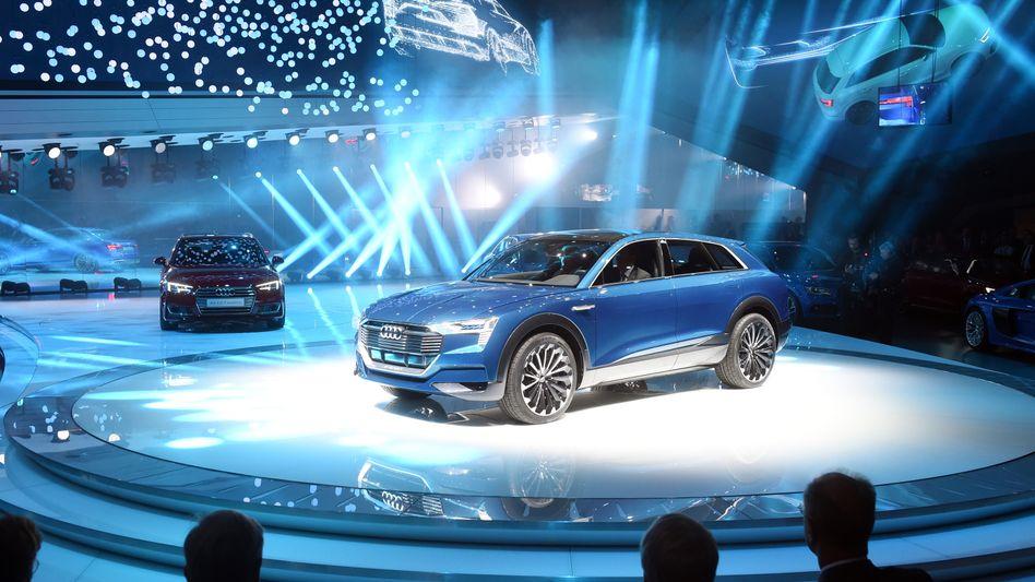 Audis Elektro-SUV-Studie e-tron quattro: Ende 2018 kommt die Serienversion des Autos, die Akkus hat LG Chem mitentwickelt