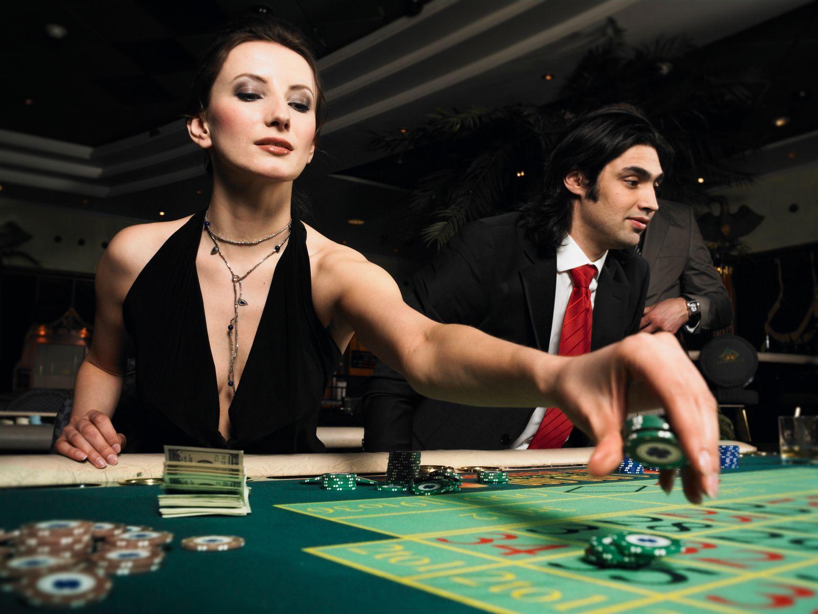 NICHT MEHR VERWENDEN! - Glücksspiel / Zufall / Bridge / Casino / Aktienpoker