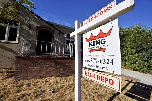 Erschreckender Anstieg: Die Zahl der von einer Zwangsversteigerung bedrohten Hausbesitzer in den USA ist im Februar im Vergleich zum Vorjahresmonat um 30 Prozent gestiegen