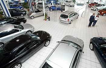 Autohandel: Sparsamkeit beim Autokauf