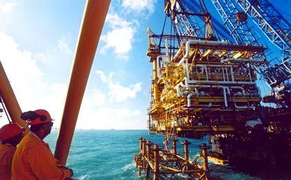 Quellen versiegen: Pemex-Förderplattform im Golf von Mexiko