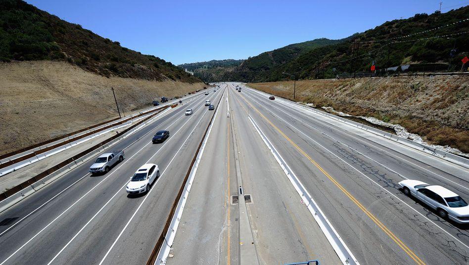 Fonds am Limit: Immer wieder müssen Autobahnen wie diese bei Los Angeles wegen gravierender Mängel gesperrt werden