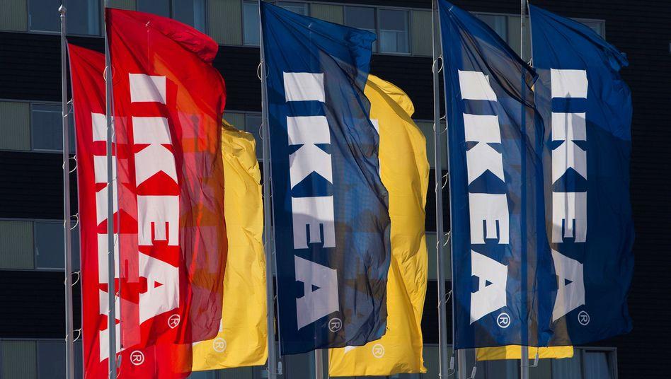 """Ikea-Fahnen: Der schwedische Konzern versucht sich in """"nachhaltigem Konsum"""""""