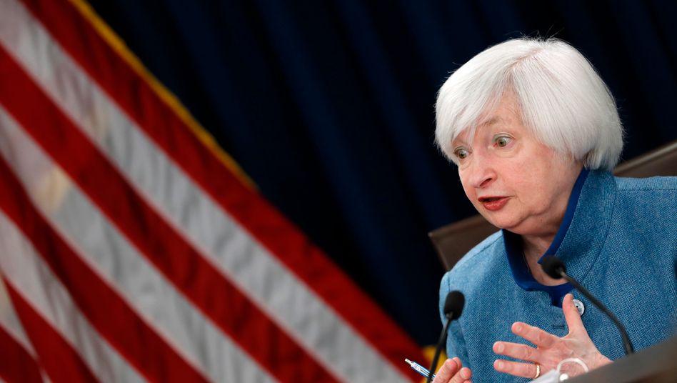Janet Yellen: Die scheidende Fed-Chefin wird am Mittwoch voraussichtlich eine Zinserhöhung verkünden. Ihr Nachfolger Jerome Powell will an der moderaten Zinspolitik festhalten.