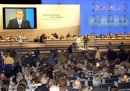 Hauptversammlungen: Dem DaimlerChrysler-Vorstand wurde vorgeworfen, Waffen zu produzieren