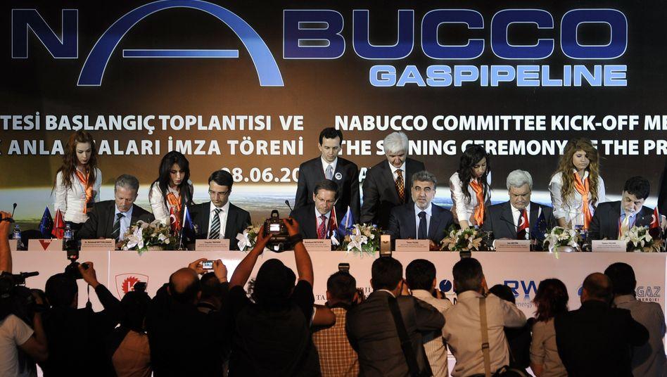 """Nabucco-Konferenz in der Türkei: Beteiligte sprechen schon von """"Nabucco West"""" oder Nabucco Short"""""""