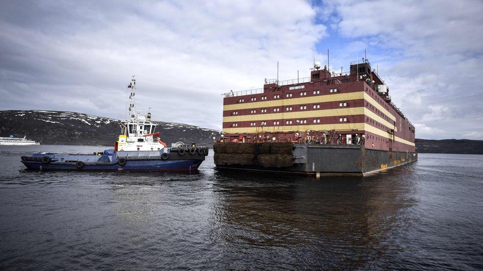 Atomkraftwerk Akademik Lomonosov: Energie für russische Bohrinseln in der Arktis