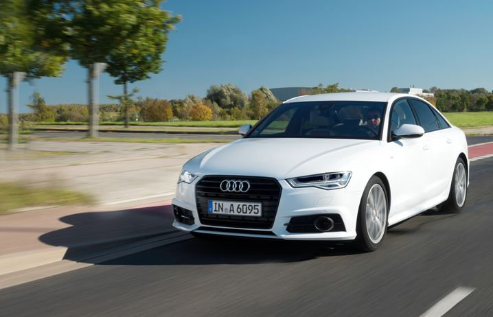 Audi A6: Seinen Erzkonkurrenten BMW 5er und Mercedes E-Klasse zeigt er derzeit die Rücklichter