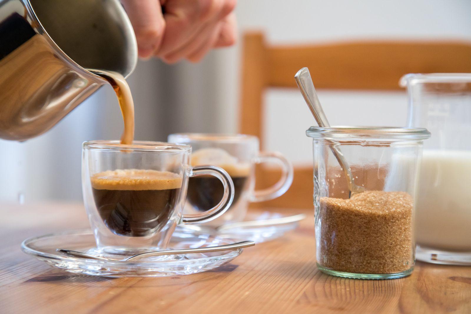 EINMALIGE VERWENDUNG Für Herz, Kreislauf und Leber -Ist Kaffee ein Wundermittel?